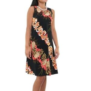 Hilo Hattie   Womens Floral Pineapple Dress